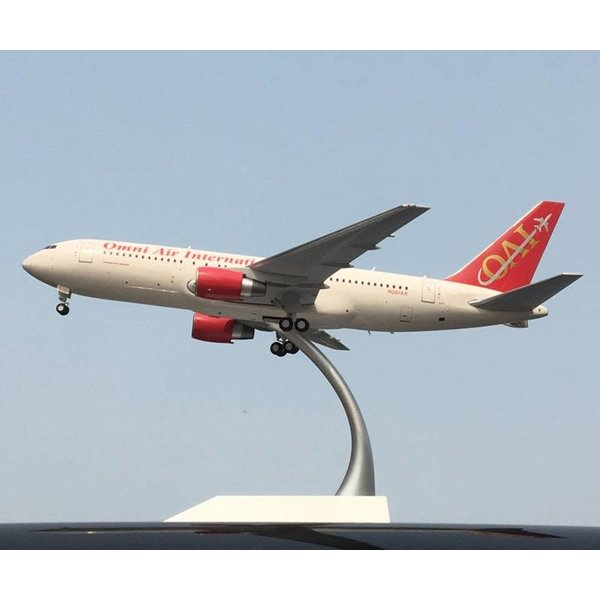 JC Wings B767-200ER Omni Air International N207AX 1:200
