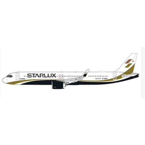 A321neo Starlux B-58201 1:200 with stand
