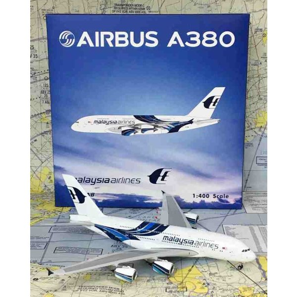 Phoenix A380-800 Malaysia Airlines 9M-MNB 1:400