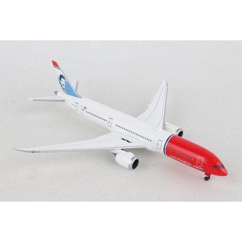 B787-9 Dreamliner Norwegian Freddie Mercury 1:500