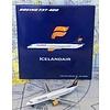B737-400 icelandair TF-FID 1:400 with antenna