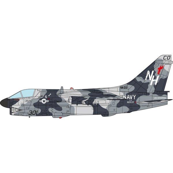 JC Wings A7E Corsair II VA22 Fighting Redcocks NH-301 1:72 +Preorder+
