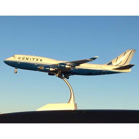B747-400 United Blue Tulip U.S. Olympic Team N199UA 1:200 flaps down