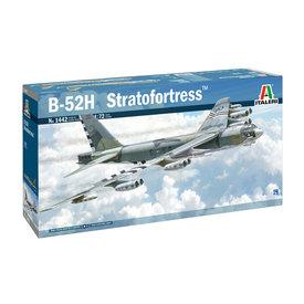 Italeri B52H Stratofortress 1:72 [Ex-AMT]