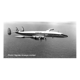 Herpa L1049 Constellation QANTAS 1:200 with stand