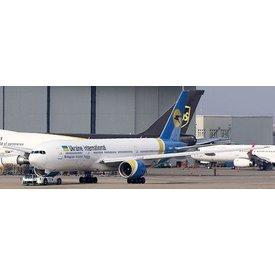 JC Wings B777-200ER Ukraine International UR-GOA 1:200 ++SALE++