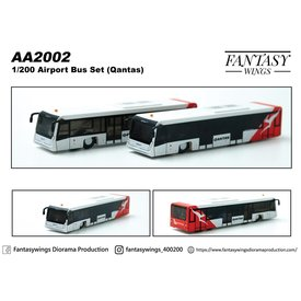 JC Wings Airport Bus QANTAS 1:200 (2 pieces per box)