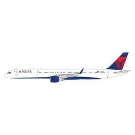 Gemini Jets B757-300W Delta 2007 livery N586NW 1:400 +Preorder+