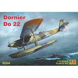 Dornier Do22 with floats, wheels or ski's 1:72