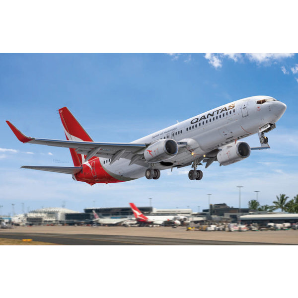 Big Planes Kits (BPK) B737-800 Qantas 1:72 New 2020 [ Model kit, NOT diecast !!]