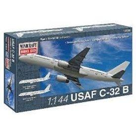 Minicraft Model Kits C32B (B757) USAF 1:144 Kit