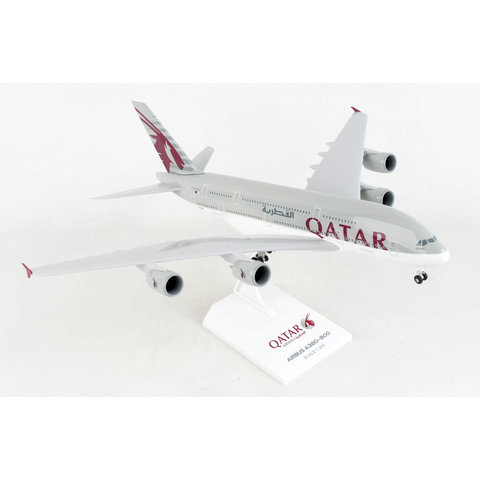 A380-800 Qatar Airways 1:200 with gear & stand +NEW+