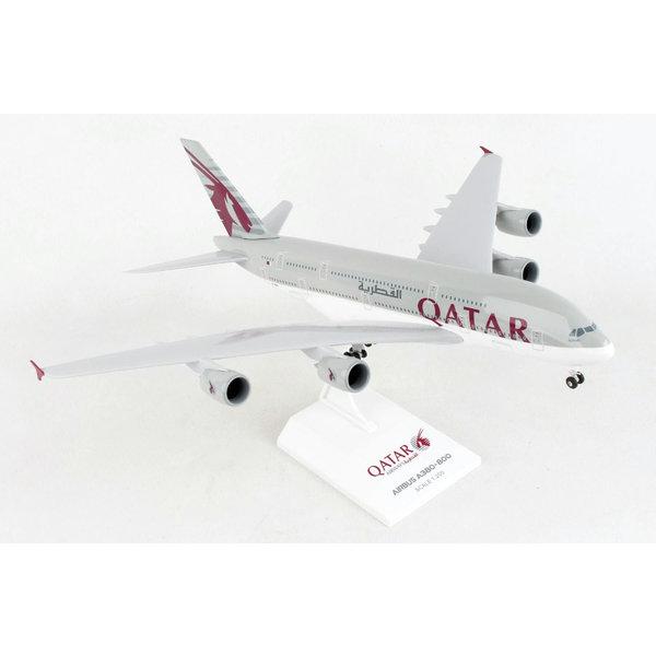 SkyMarks A380-800 Qatar Airways 1:200 with gear & stand +NEW+
