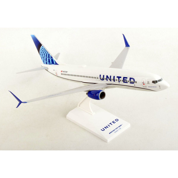 SkyMarks B737-800S United 2019 Livery 1:130 with stand