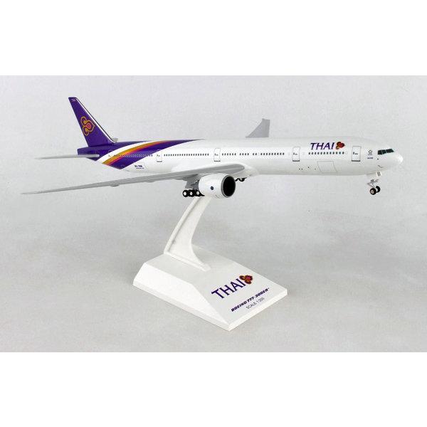 SkyMarks B777-300 Thai Airways 1:200 with gear +stand