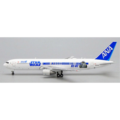 B767-300ER ANA Star Wars R2D2 / BB8 JA604A 1:500