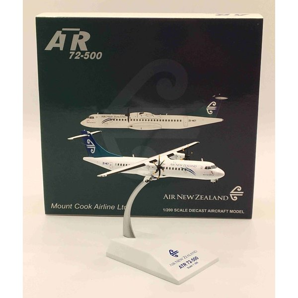 JC Wings ATR72 Air New Zealand ZK-MCY 1:200 with stand