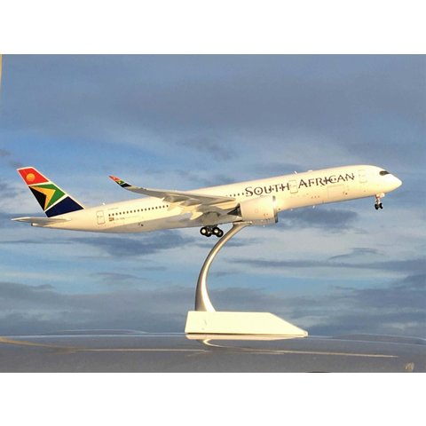 A350-900 South African ZS-SDC 1:200