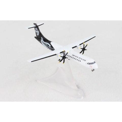Air New Zealand ATR72-600  1:200 (diecast metal)