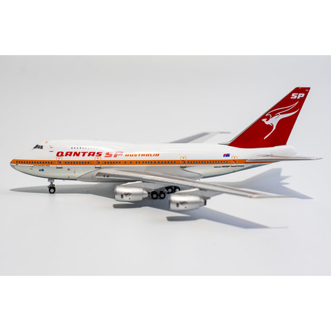 B747SP QANTAS City of Gold Coast VH-EAA 1:400
