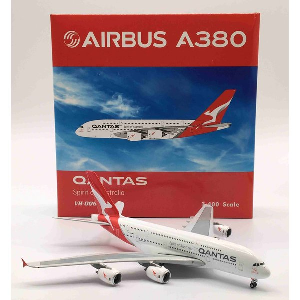 Phoenix A380-800 QANTAS VH-OQG 1:400