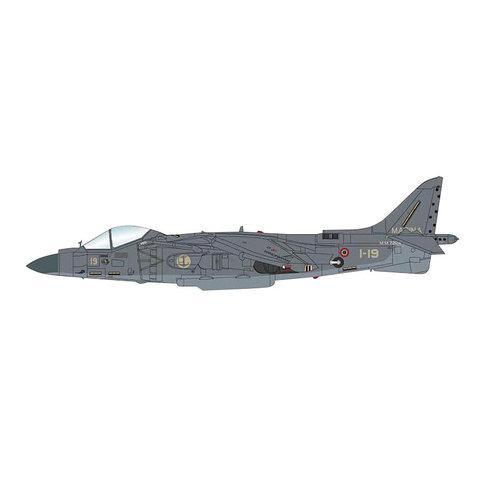 AV8B Harrier II+1-19 Italian Marina Militare OEF 1:72 +preorder+