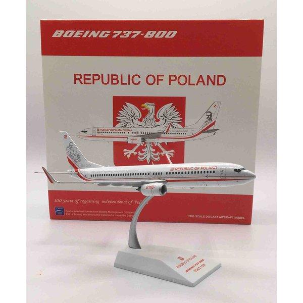 JC Wings B737-800W Polish Air Force Republic of Poland 0110 1:200