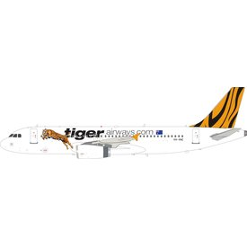 InFlight A320-200 Tigerairways.com VH-VNC 1:200 with stand