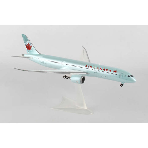 Herpa B787-9 Dreamliner Air Canada 2004 livery 1:200 (plastic) with gear+stand