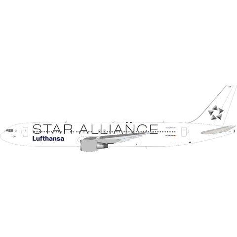 B767-300ER Lufthansa Star Alliance D-ABUW 1:200 with stand +Preorder+