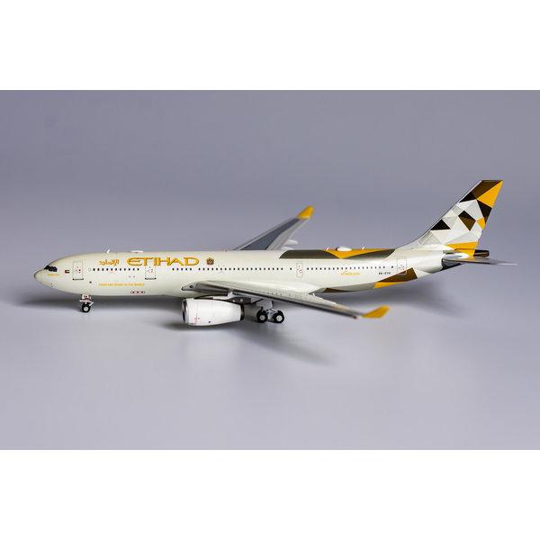 NG Models A330-200  Etihad Airways 2014 livery A6-EYH 1:400