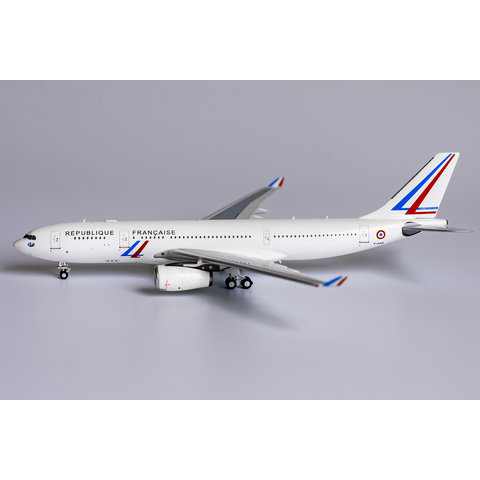 A330-200 French Air Force VIP new c/s F-UJCS 1:400