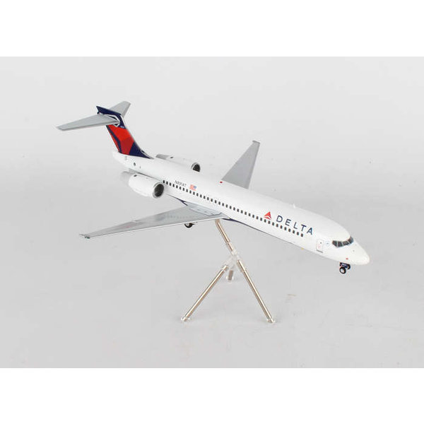 Gemini Jets B717-200 Delta 2007 livery N891AT 1:200 with stand**Discontinued**