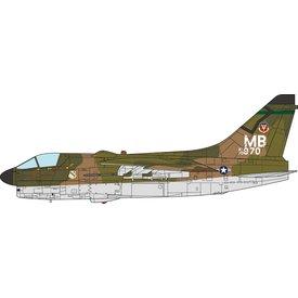 JC Wings A7D Corsair II 354 TFW MB 70-970 USAF 1972 1:72 +preorder+