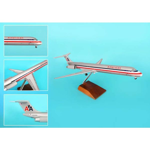 Skymarks Supreme American Md-80 1/100 W/Wood Stand & Gear