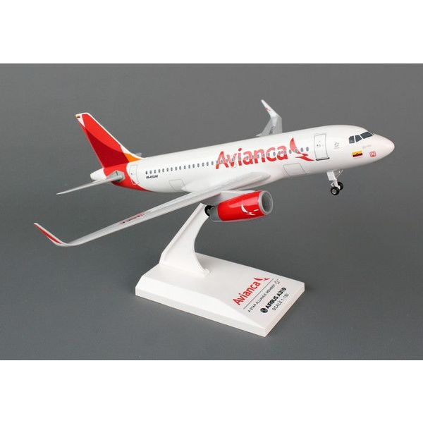 SkyMarks A319S Avianca 1:150 with gear + stand