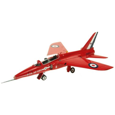 Gnat T1 Royal Air Force Red Arrows XR977 Old Livery RAF Cosford Museum 1:72