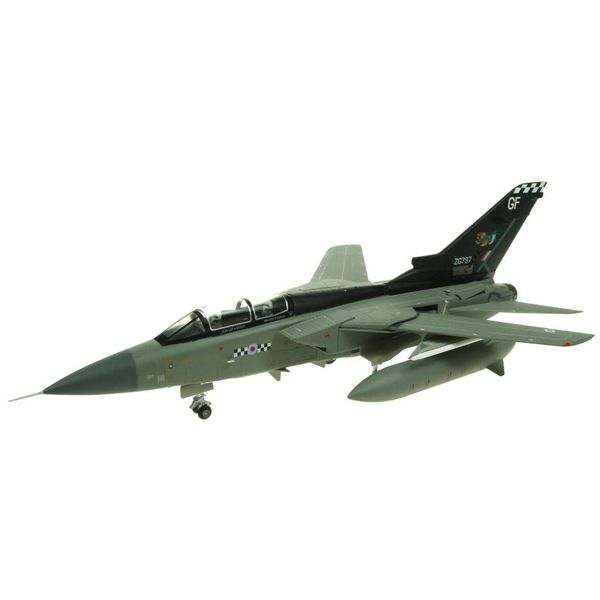 AV72 Tornado F3 43 Squadron Royal Air Force RAF Leuchars ZG797 GF 1:72 with stand