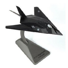 Air Force 1 Model Co. F117A Nighthawk 8FS USAF HO Blacksheep Smithsonian 1:144 with stand