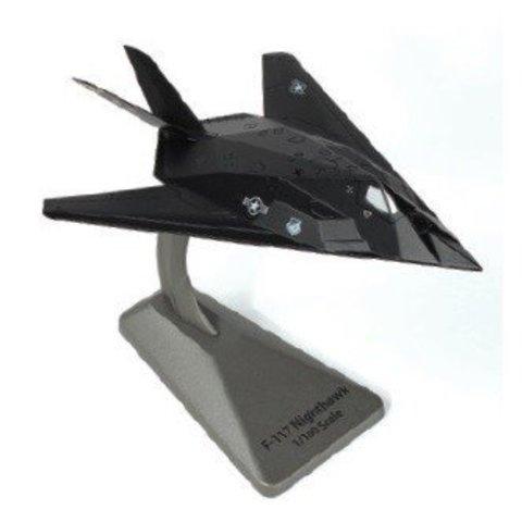 F117A Nighthawk 8FS USAF HO Blacksheep Smithsonian 1:144 with stand