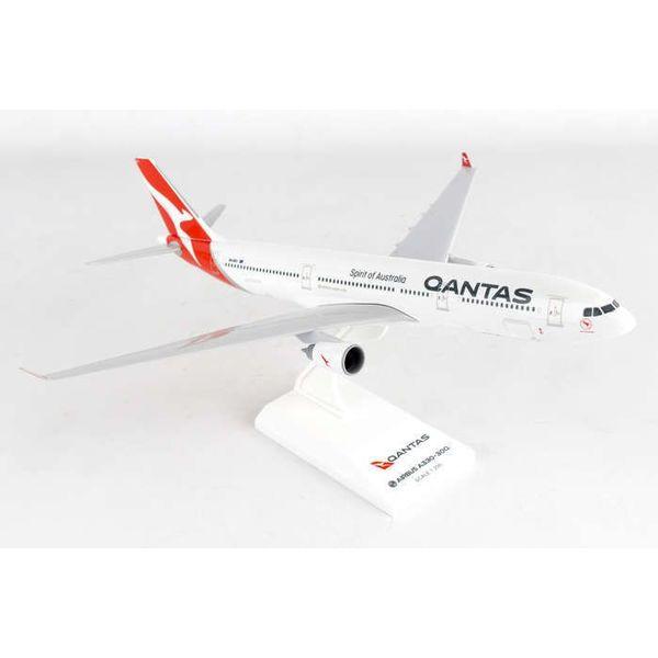 SkyMarks Qantas A330-300 QANTAS New Livery 1:200