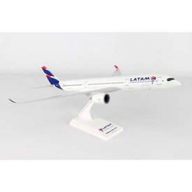 SkyMarks A350-900 LATAM 1:200 with stand