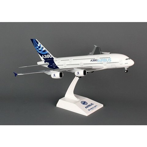 A380-800 Airbus House New Colors 1:200 w/Gear