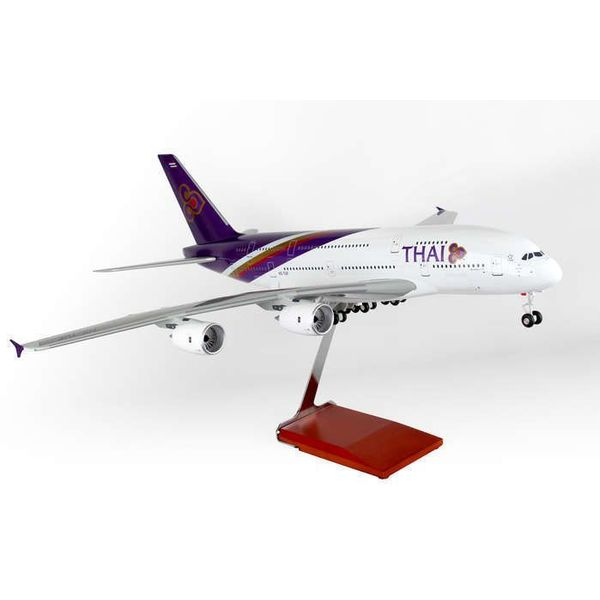 Skymarks Supreme A380-800 Thai Airways HS-TUF 1:100 Supreme with Gear+Stand
