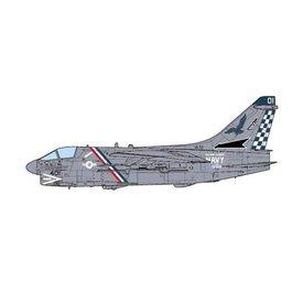 JC Wings A7E Corsair II VA72 Blue Hawks US Navy AC-401 1:72