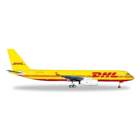 TU204 DHL / AVIASTAR YW/RD 1/500