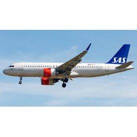 JC Wings A320neo SAS Scandinavian LN-RGL 1;200 with stand