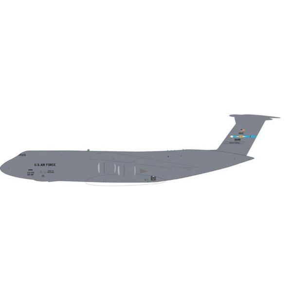 Herpa C5M Super Galaxy USAF 9AS AMC Dover AFB Spirit of Old Glory 83-1285 1:200 with gear+stand