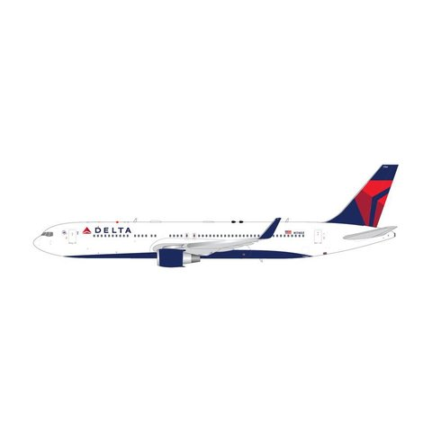 B767-300W Delta 2007 livery N174DZ 1:200 with stand