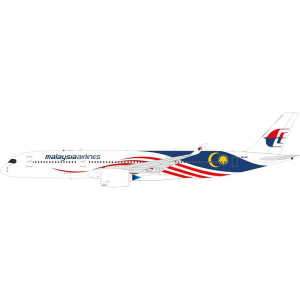 InFlight A350-900 Malaysia Airlines Negaraku 9M-MAC 1:200 with Stand
